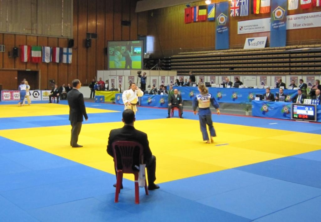 Youngsters rule at World Cup in Sofia