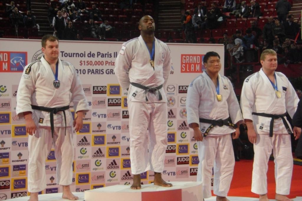 Riner wins the triple in Paris