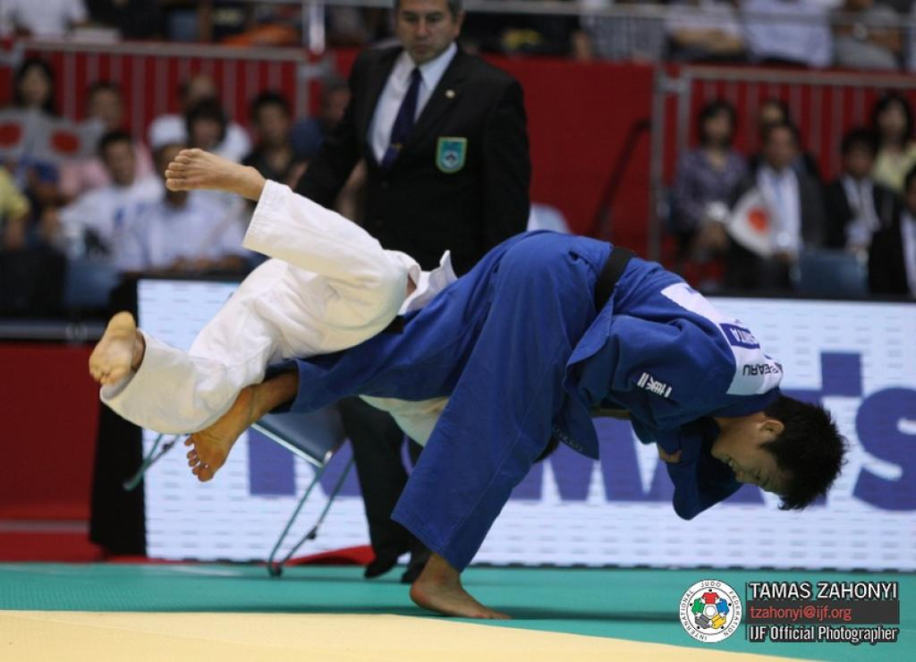 Time between junior world title and senior becomes smaller