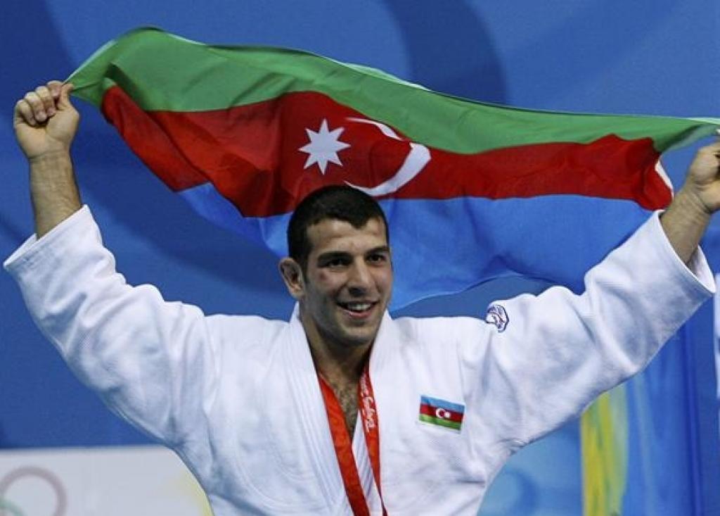 Azerbaijan takes golden start of 2011