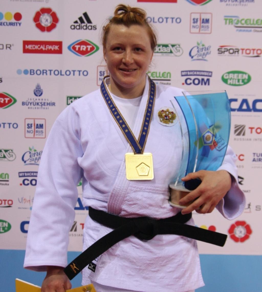 Ivashchenko collects third European title