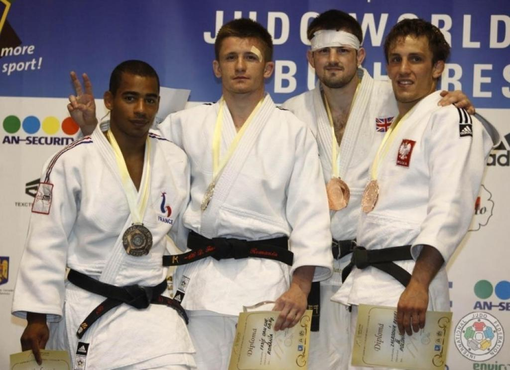 Dan Fasie surprises with home gold in Bucharest