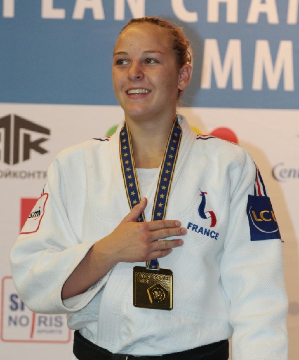 Margaux Pinot wins gold for France U63kg