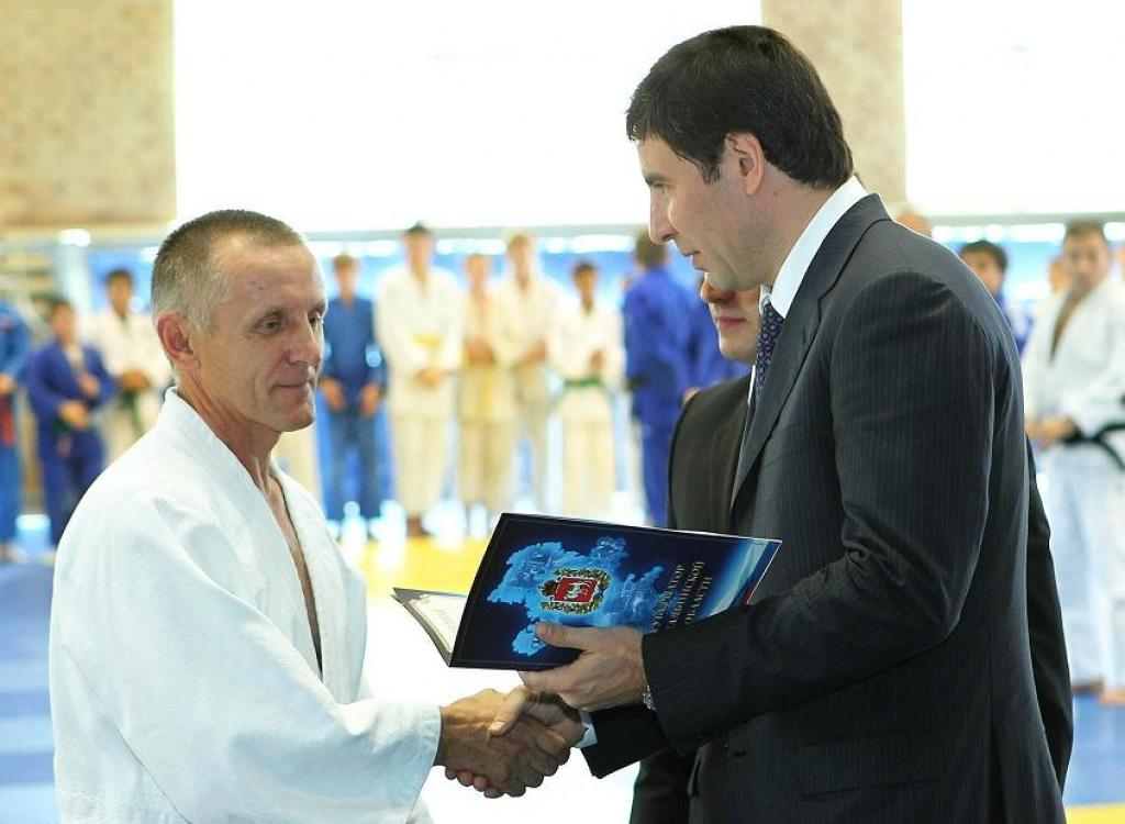Chelyabinsk celebrates the anniversary of honored coach