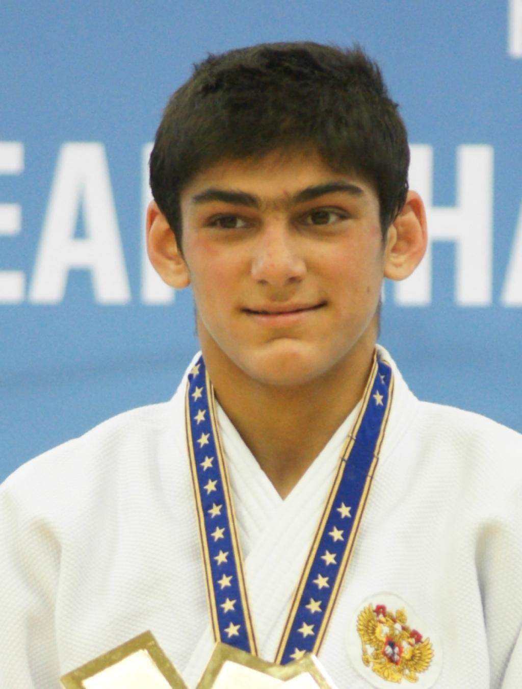 Sakhavat Gadzhiev takes second world title