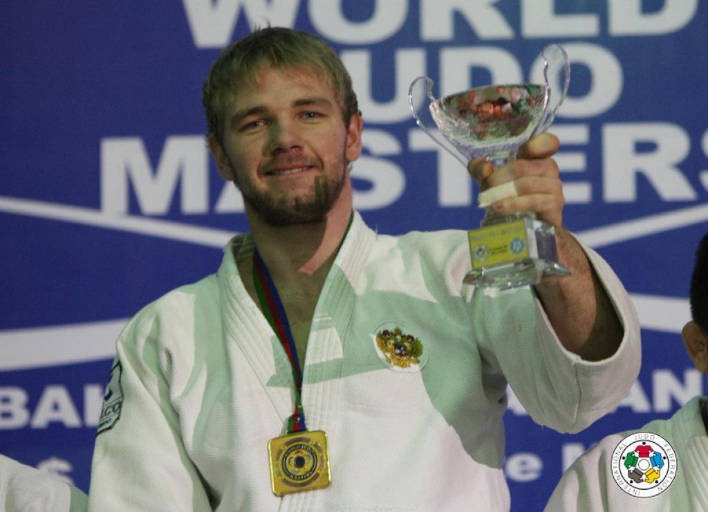 Russia strikes at men's heavyweights taking two gold medals