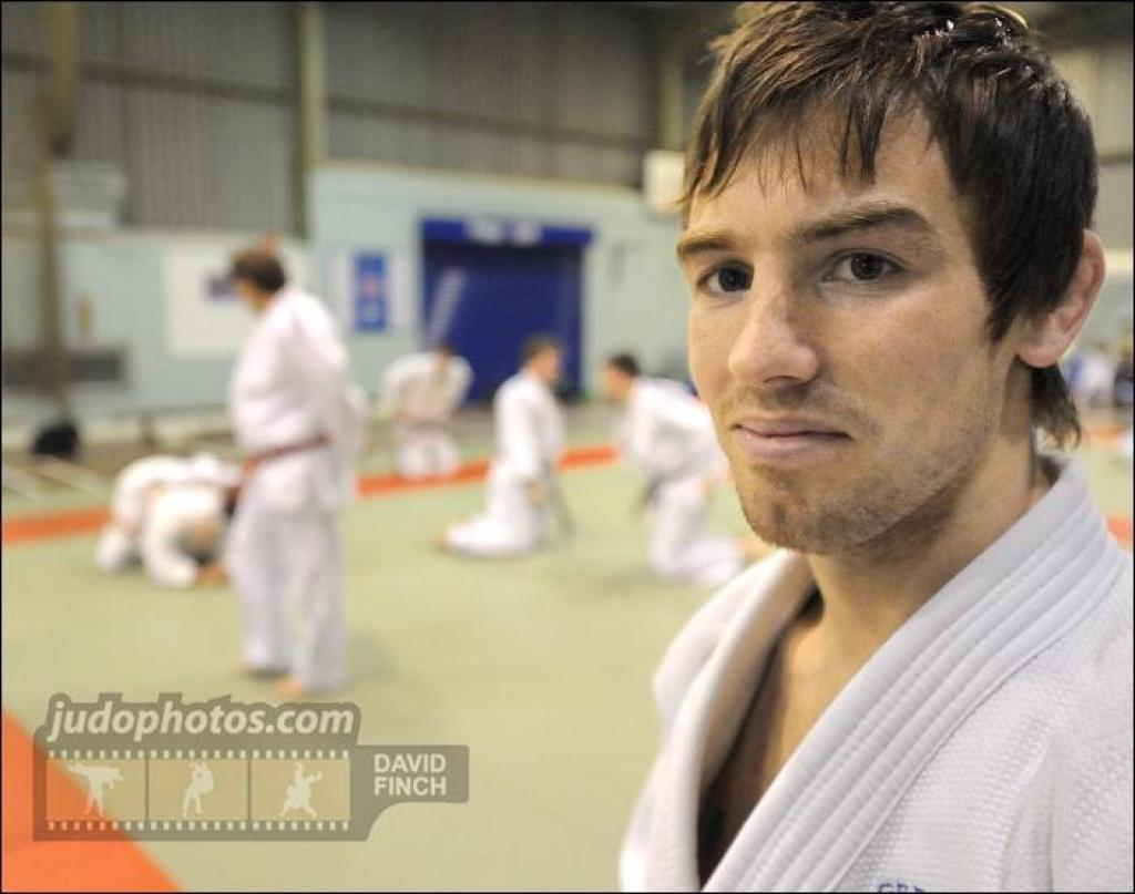 Former world champion Craig Fallon retires from competition