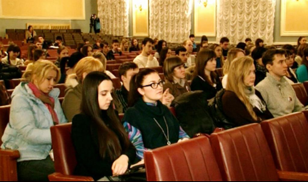 Chelyabinsk completes volunteers recruitment for the Euro2012