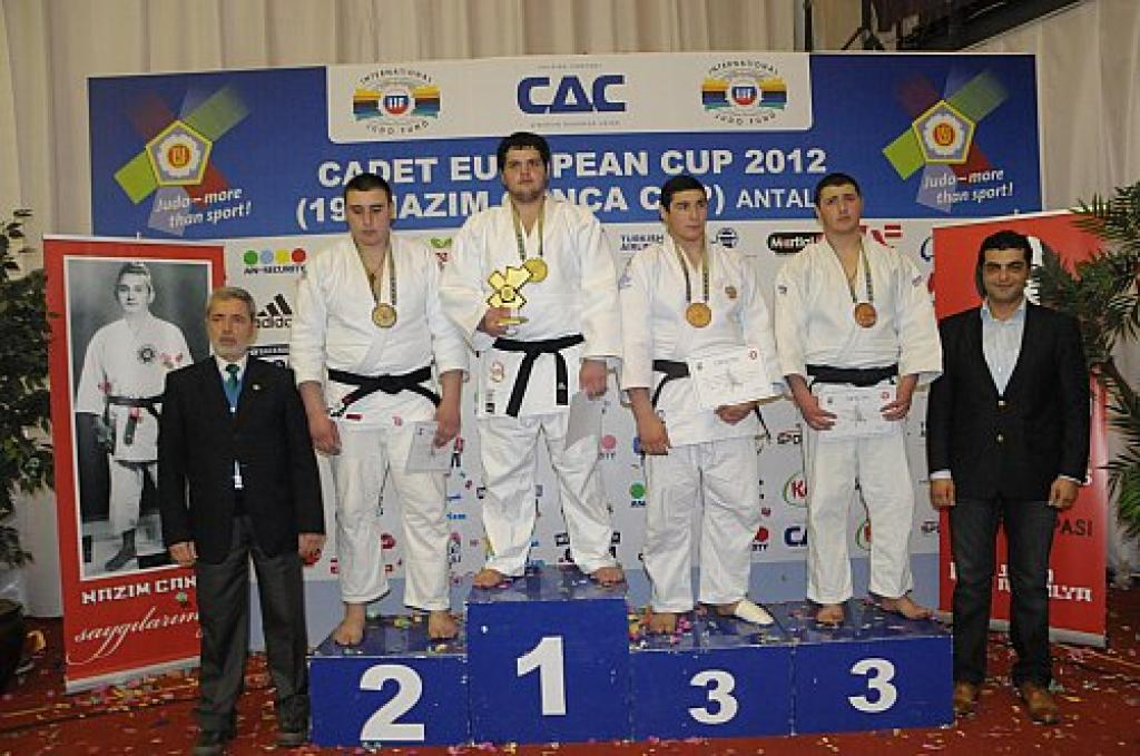 Russia claims almost half of all medals at European Cup Antalya