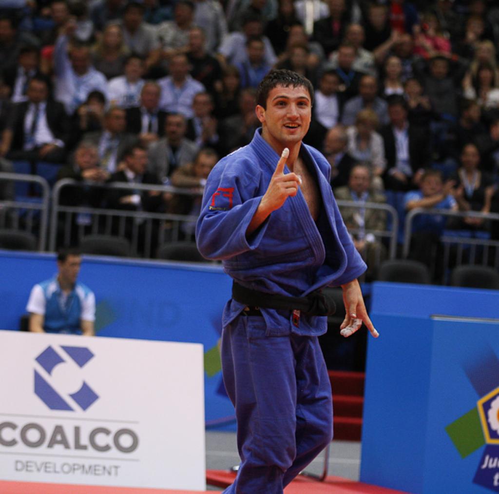 Varlam Liparteliani claims first European title