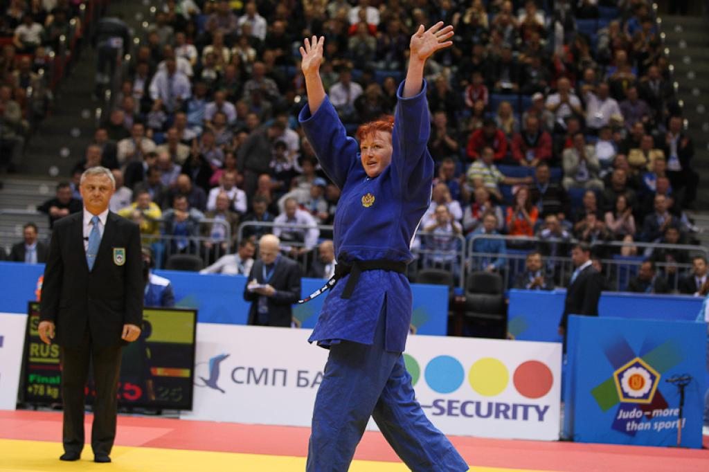 Ivashchenko powerful to her and Russia's 4th gold medal