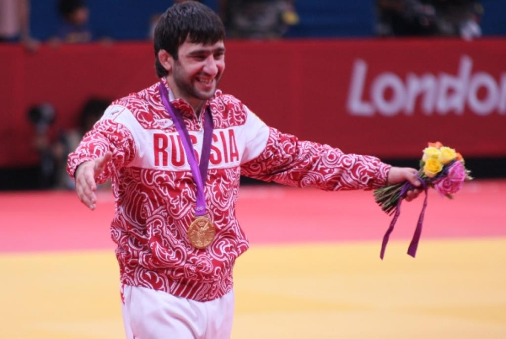 Mansur Isaev brings Russia second Olympic title