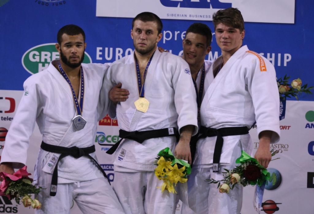 Magomed Magomedov prolongs U23 title
