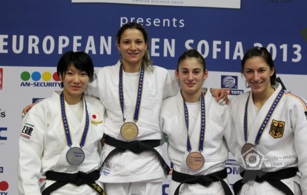 Telma Monteiro claims first title of the season