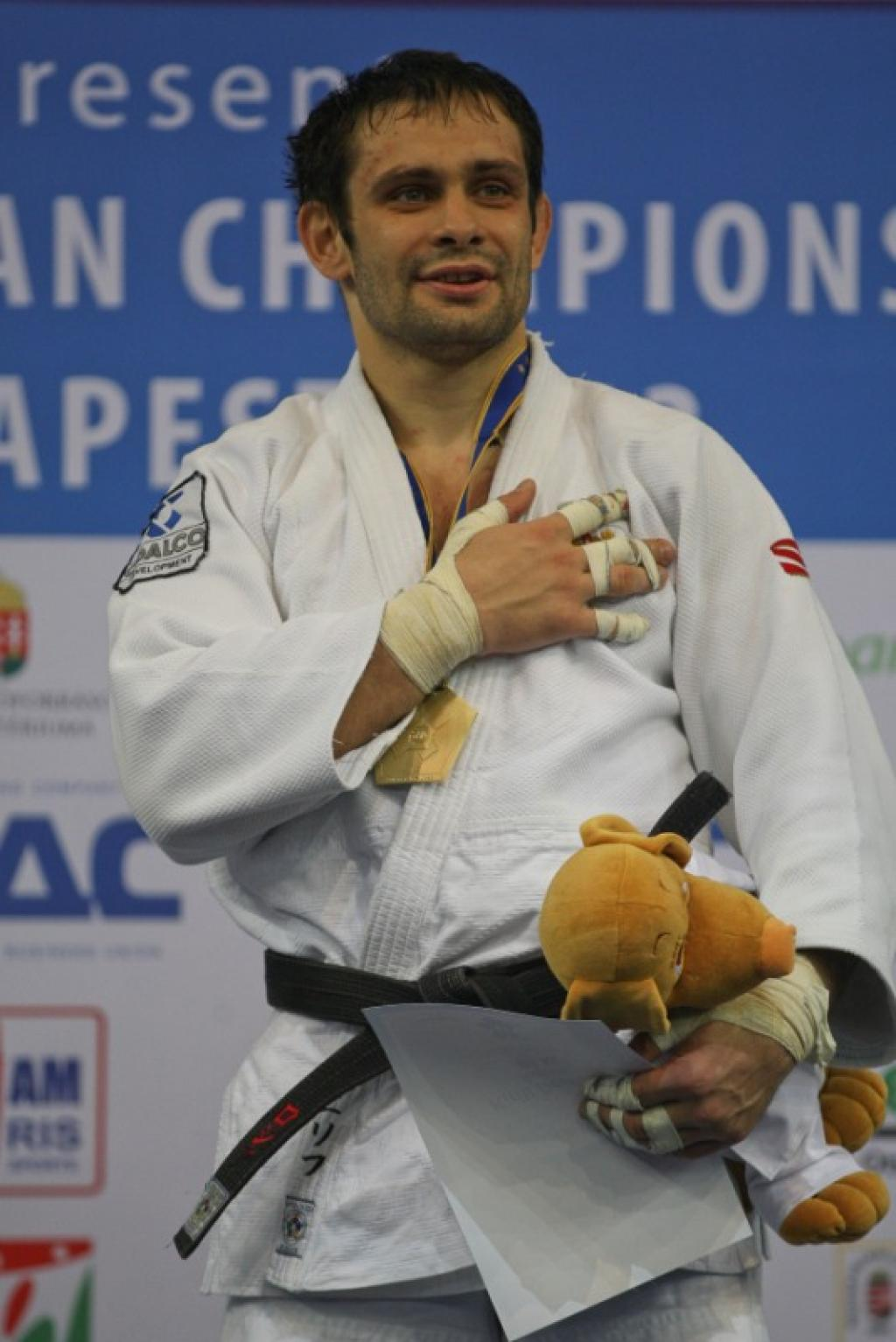 Denisov shows he win finals and takes European gold medal