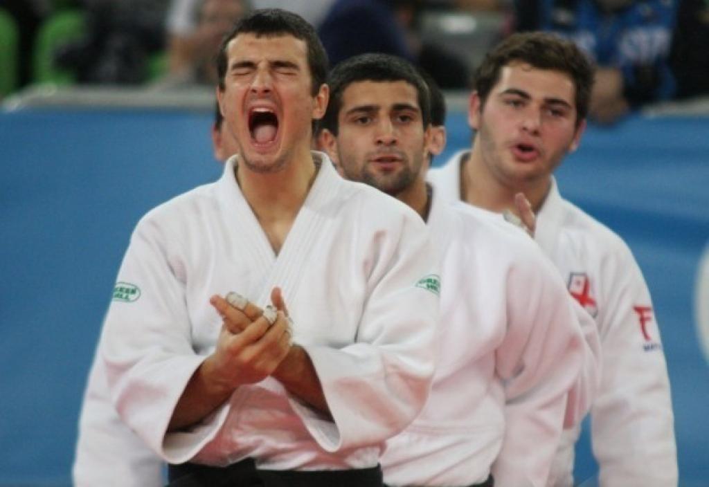 Georgian juniors equal senior world team champions