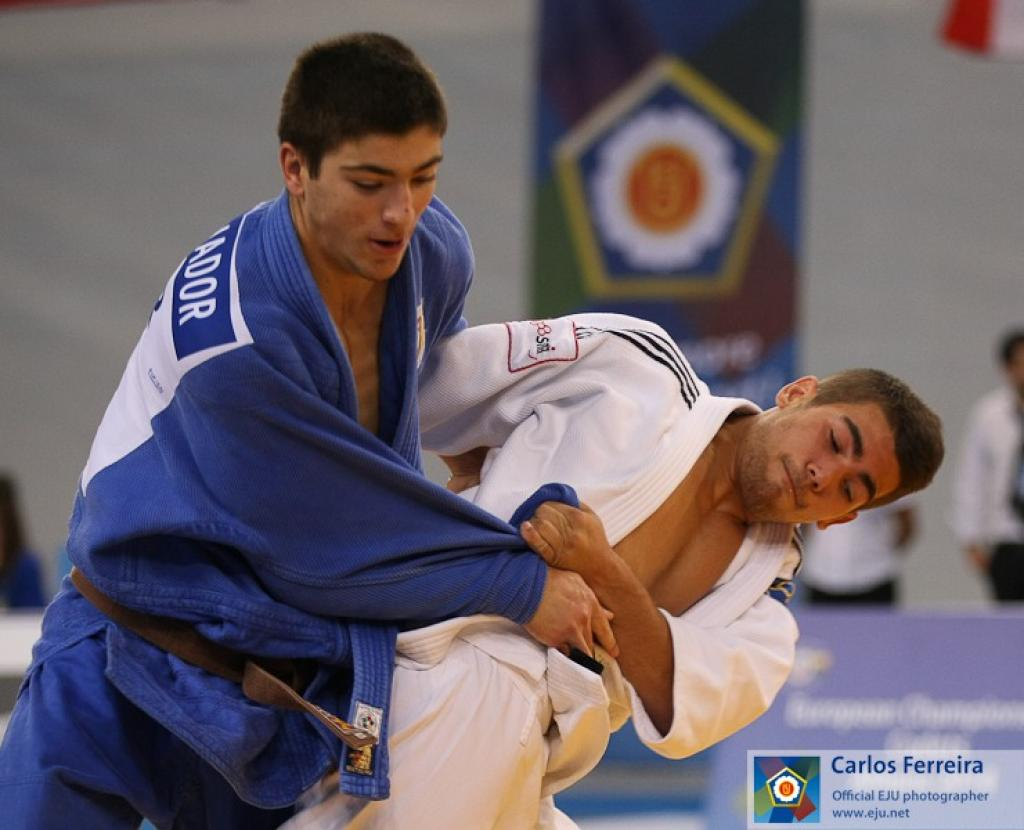 JUDOKA FROM SIX COUNTRIES HAVE A CHANCE FOR A GOLD IN ATHENS