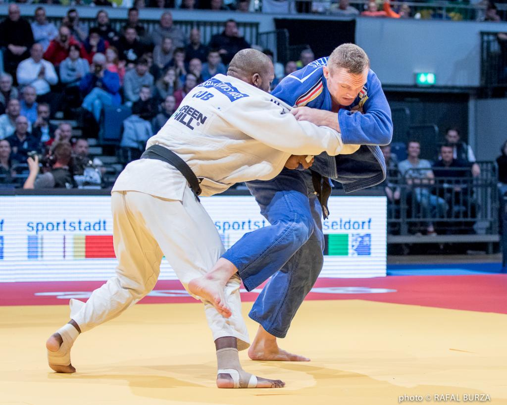 FINAL DAY SUCCESS FOR GERMANY AS PETERS TAKES GRAND PRIX GOLD