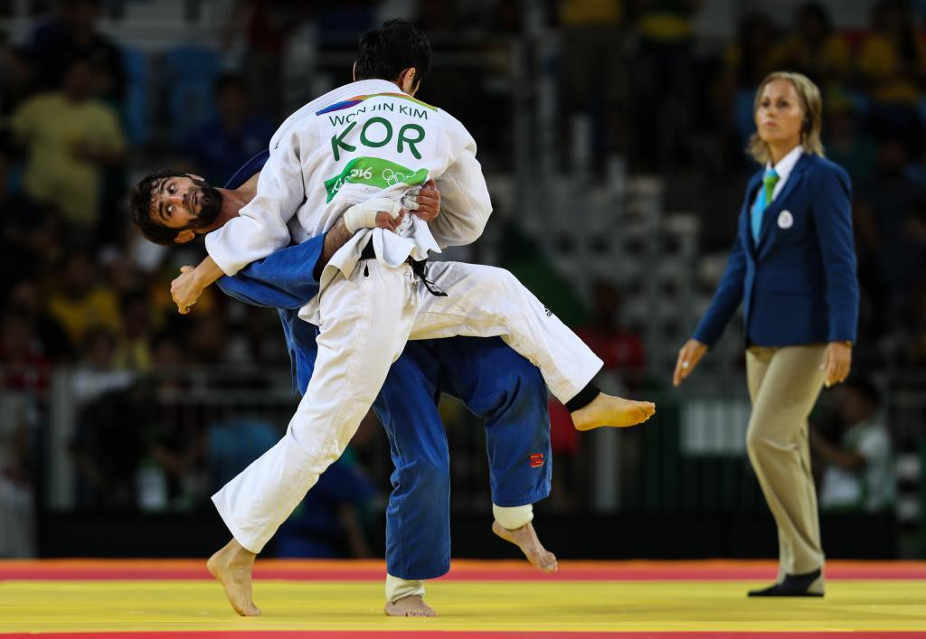 MUDRANOV WEATHERS THE STORM TO BASK IN RIO GOLD