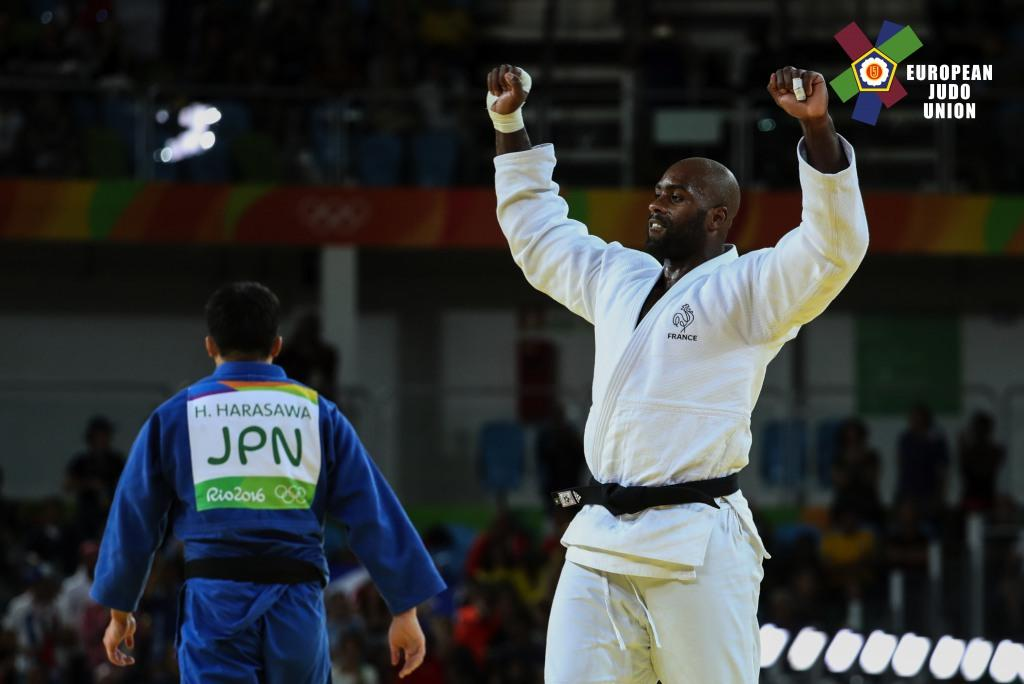 RINER REPEATS AS ANDEOL UPSETS FAVOURITES