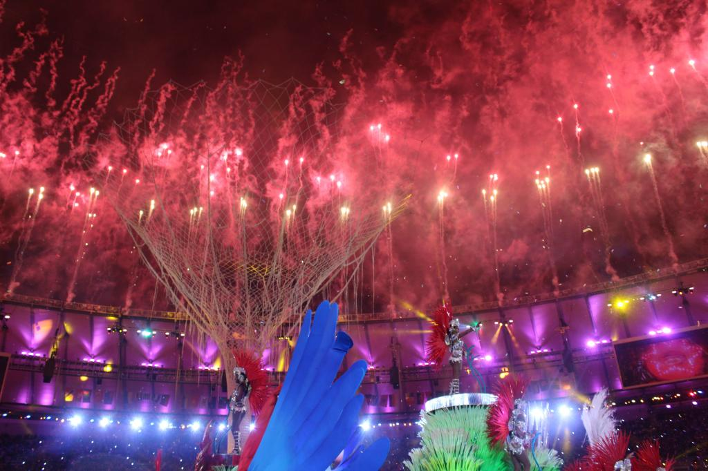 RIO 2016 HANDS OVER TO TOKYO 2020