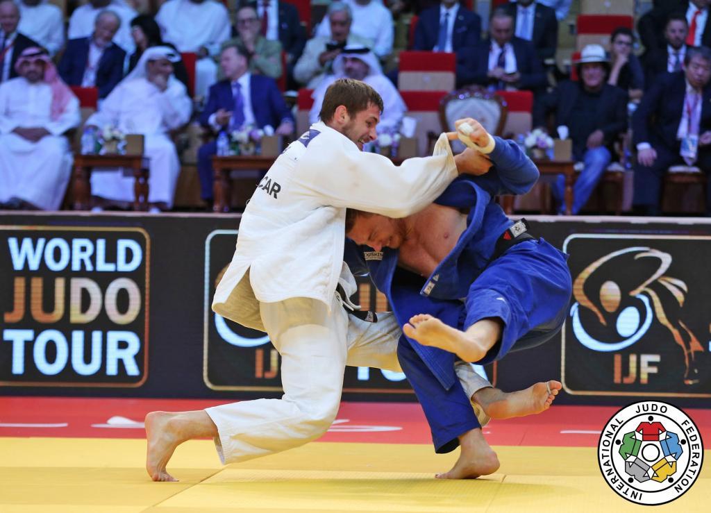 NEAR PERFECT PERFORMANCE AS KUKOLJ CLAIMS GRAND SLAM GOLD