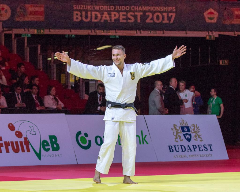 WIECZERZAK ARRIVES AND AGBEGNENOU RETURNS TO TOP SPOT AT WORLD CHAMPIONSHIPS