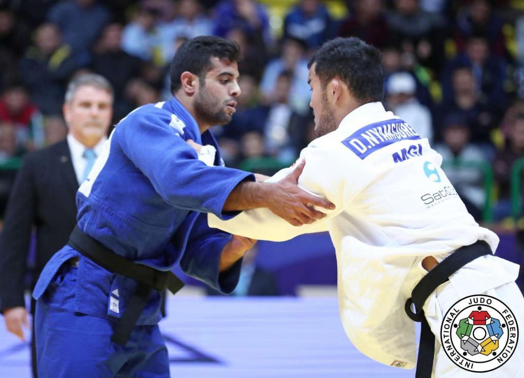 MUKI MAKES SUCCESSFUL MOVE TO TAKE TASHKENT GOLD