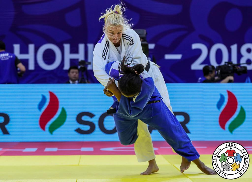 FEW OPENINGS FOR BATTLING EUROPEANS IN HOHHOT