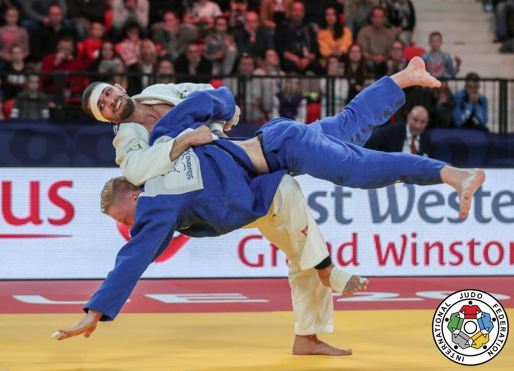 IVANOV SNATCHES GOLD IN HAGUE THRILLER