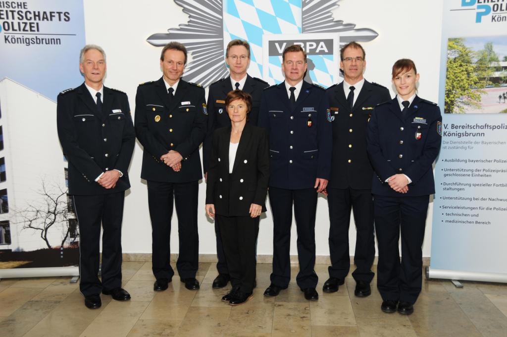 BEST PRACTICE: POLICE OFFERS DOUBLE CAREER