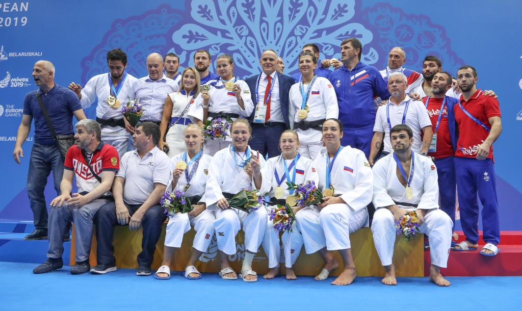 RUSSIAN VICTORY ON FINAL DAY OF MIXED TEAMS