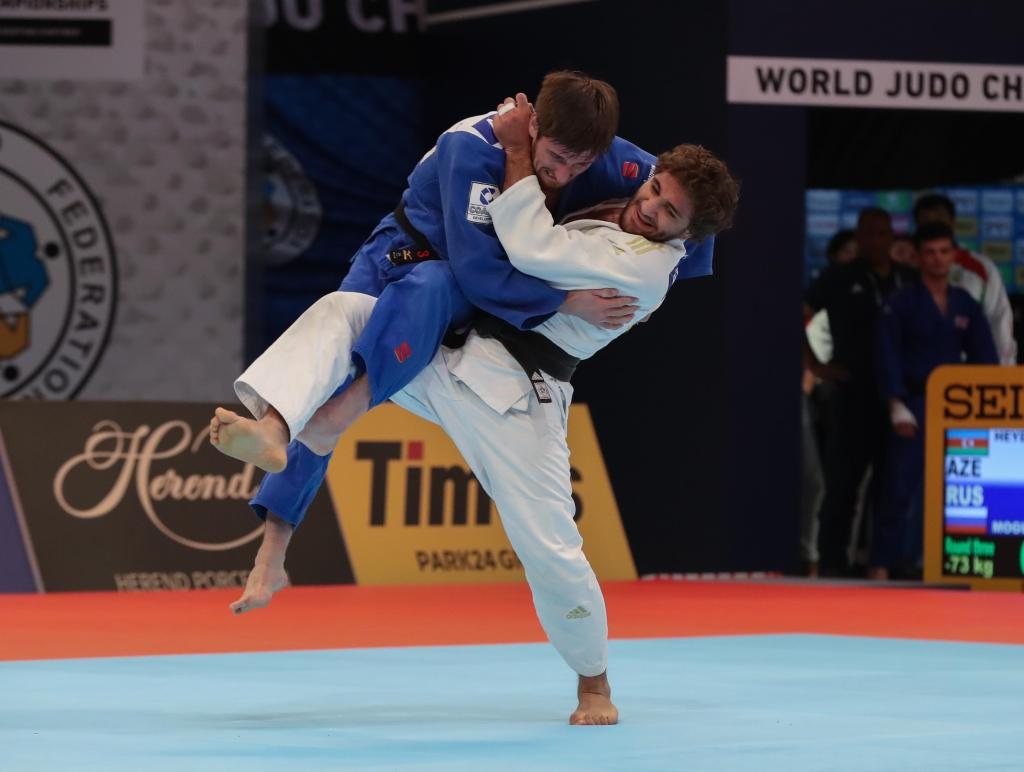 AZERI DOUBLE ACT TO BATTLE IT OUT FOR PLACE IN WORLD CHAMPIONSHIPS FINAL