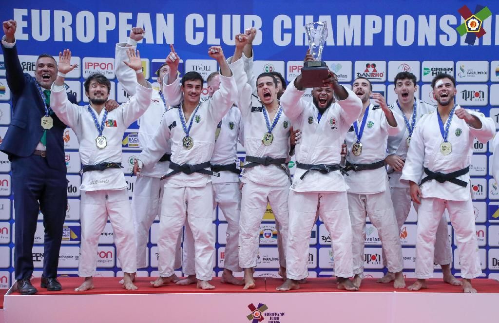 SPORTING CLUBE DE PORTUGAL RETAIN TITLE ON HOME GROUND