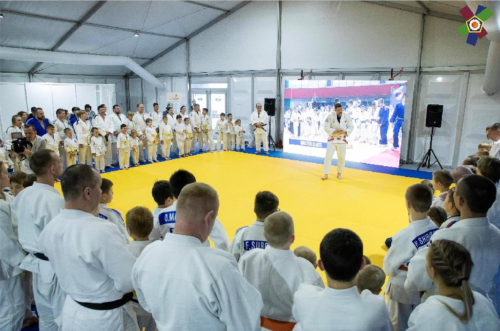 JUDO FAMILY FAN CAMP INVITES YOU TO PRAGUE 2020