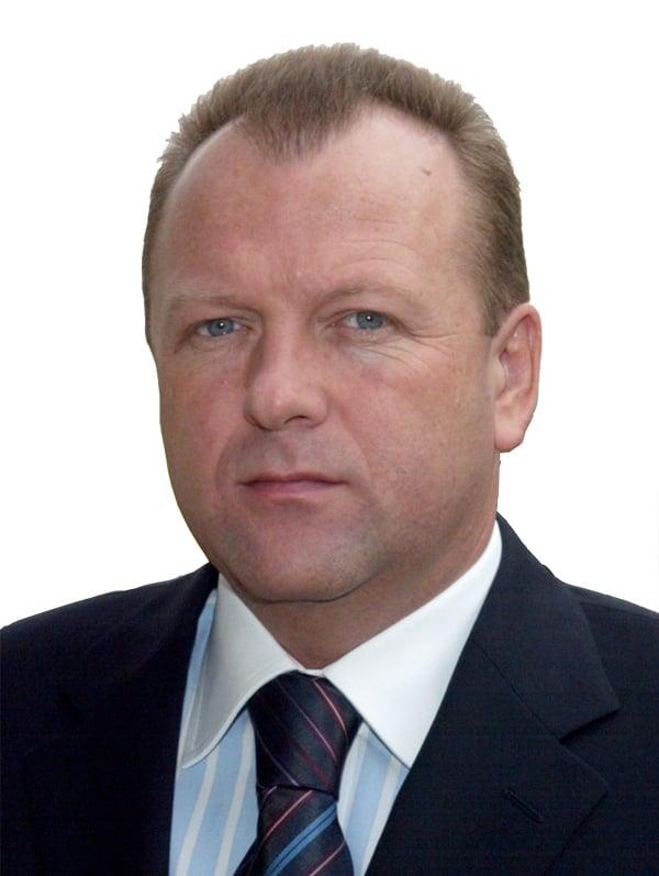 Mr. Marius L. Vizer