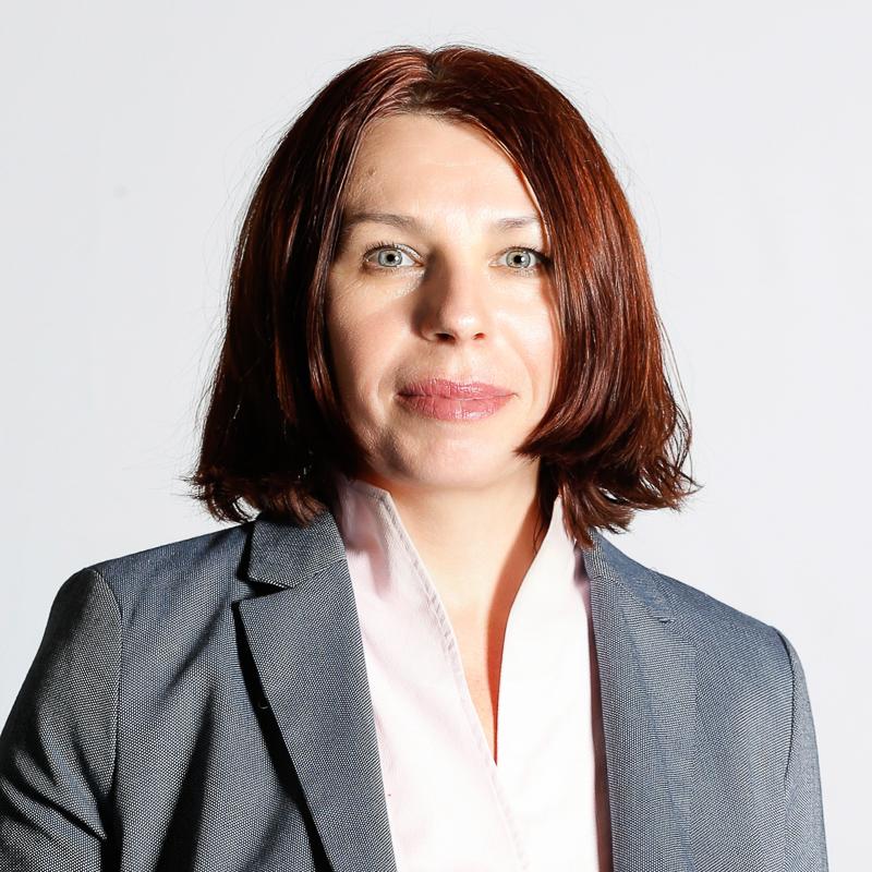 Ms. Alla Hösl