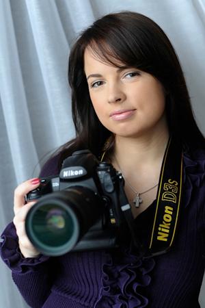 Ms. Anna Zelonija