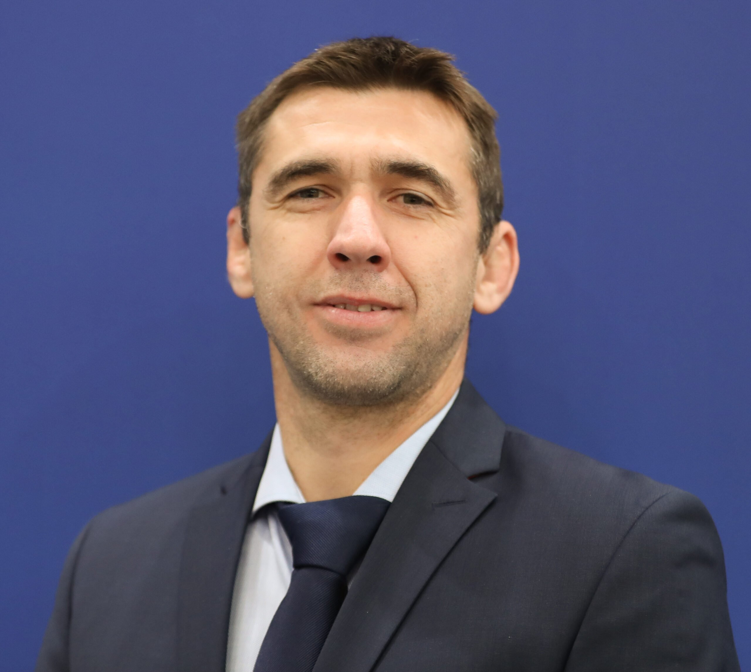 Mr. Akos Braun