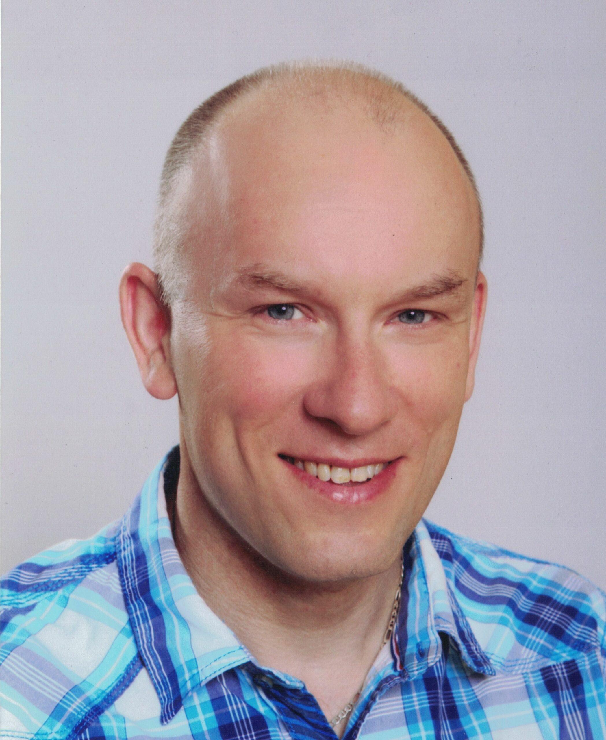 Mr. Daniel Navratil