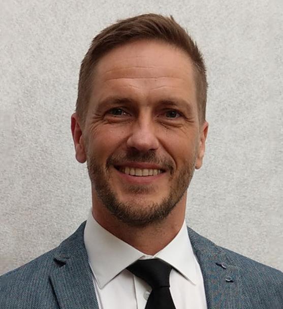 Mr. Joergen HILLESTAD