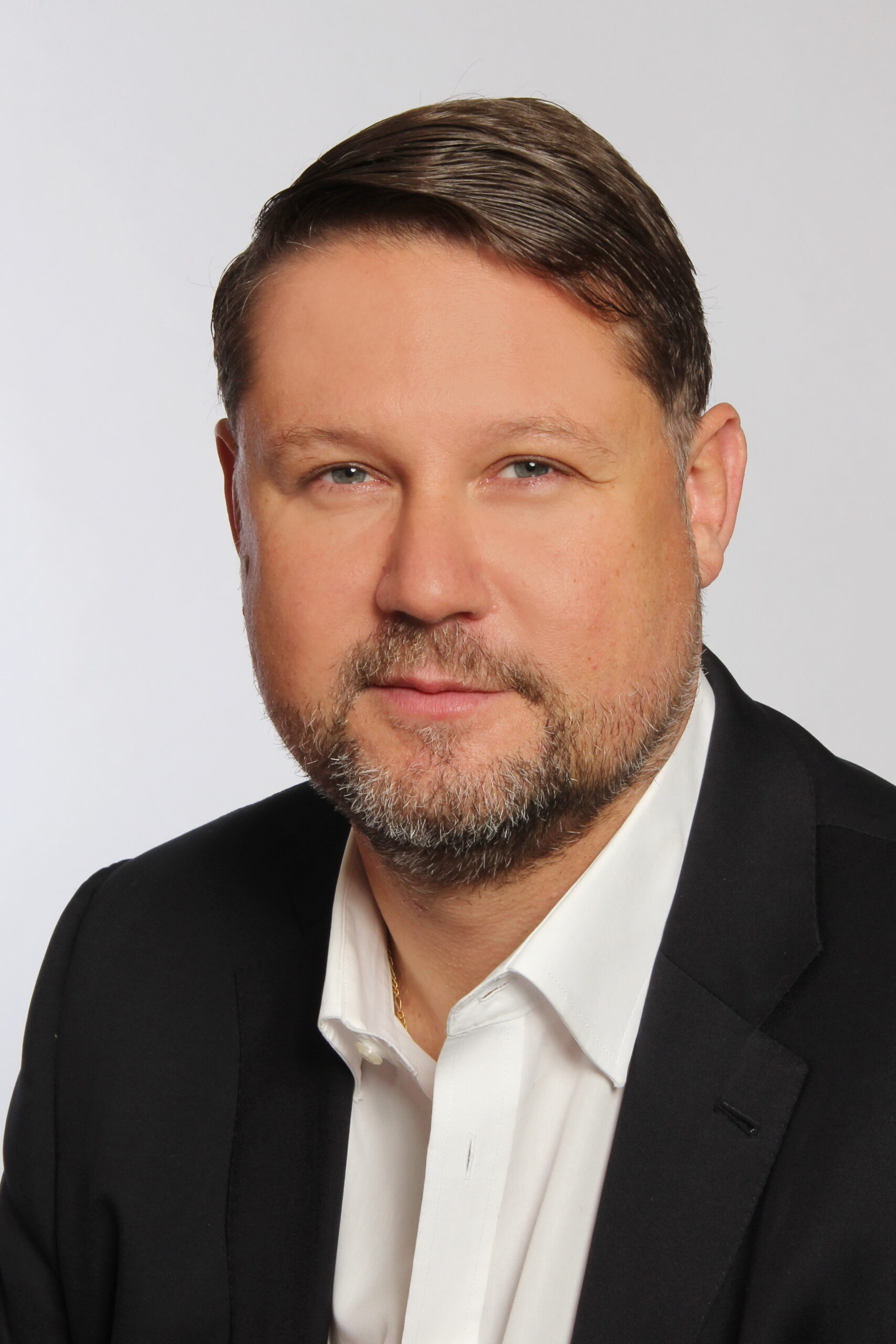 Mr. Ivan KAUFMANN